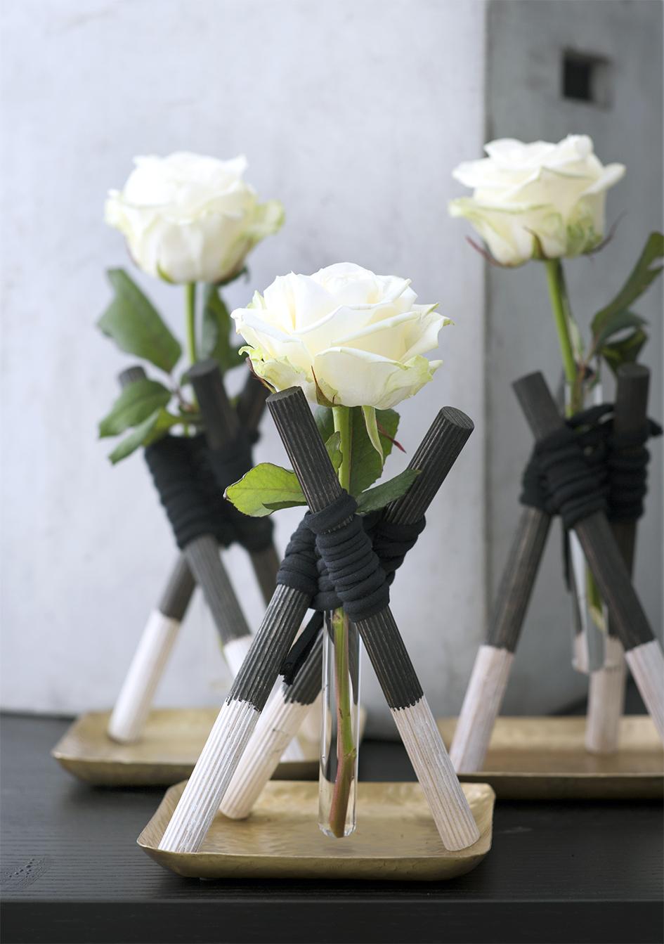 Des vases deluxe pour roses la joie des fleurs for Site de fleurs
