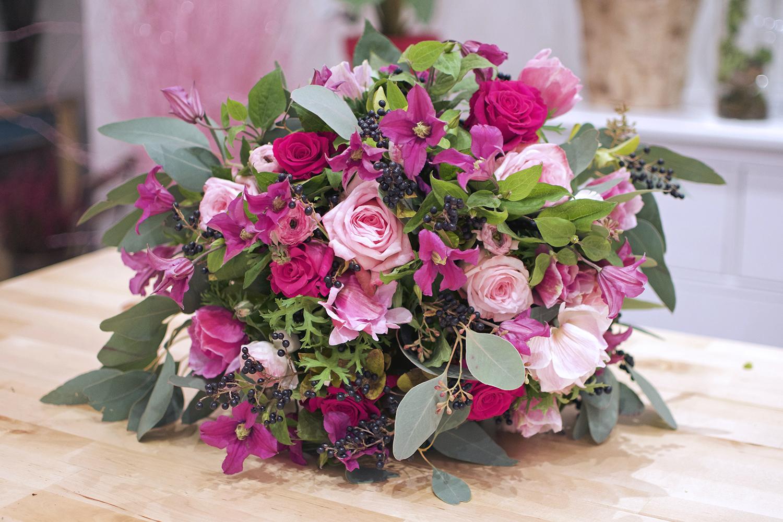 Les roses by claire la joie des fleurs for Bouquet de fleurs coeur