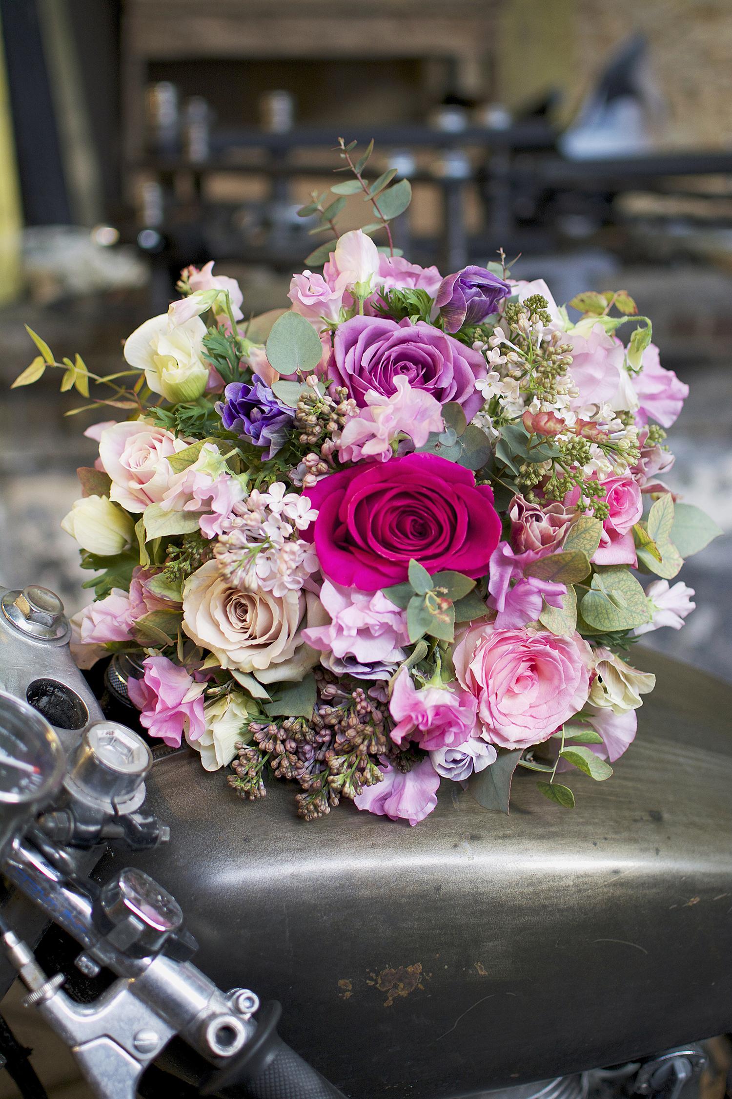 Les roses by claire la joie des fleurs for Bouquet de fleurs 7 lettres