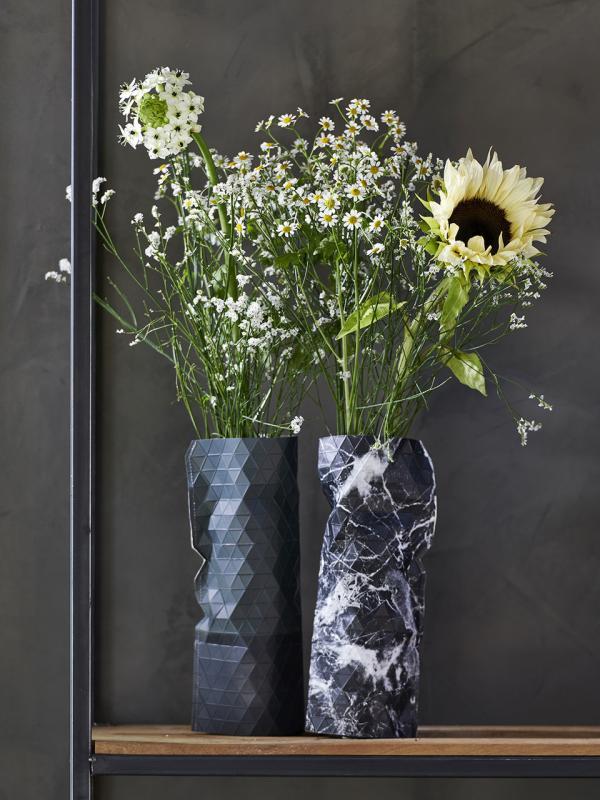 la camomille la joie des fleurs. Black Bedroom Furniture Sets. Home Design Ideas